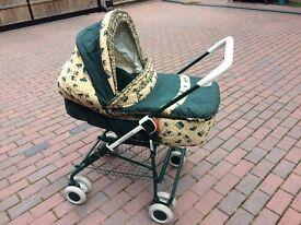 Convertible Carrycot/Pram/pushchair