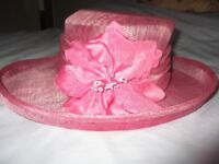 VIYELLA LADIES PINK HAT - IDEAL FOR WEDDING OR OTHER FORMAL OCCASIONS>