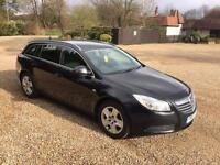 VAUXHALL INSIGNIA 2011 AUTO DIESEL ESTATE. SAT NAV . LOOKS AND DRIVES SUPERB