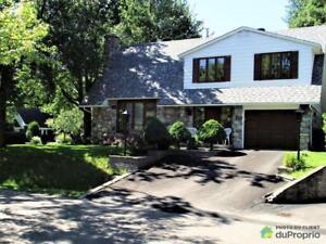 472 500$ - Maison 2 étages à vendre à Lorraine