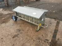 Iae 4ft lamb creep feeder in great condition farm livestock tractor