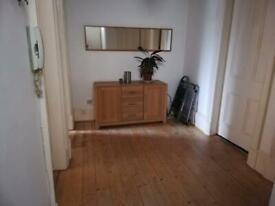 Two bedroom tenement next to Glasgow University