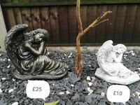 Large Angel Garden Ornament/Statue