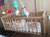 Baby cot/swing