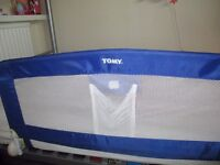 TOMY UNIVERSAL - Safe & secure soft folding bed rail