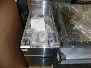 Fryer 40lb Brand New Natural Gas Atosa