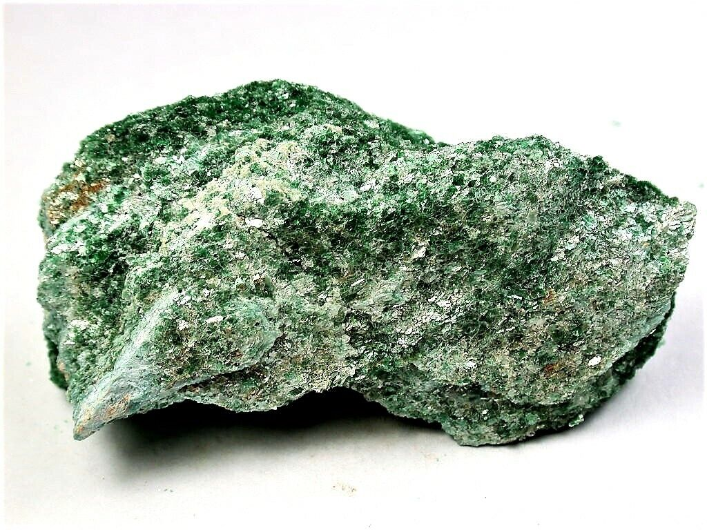 MINERALS FUCHSITE CRYSTALS ON ALL SIDES FROM BRAZIL - $2.25