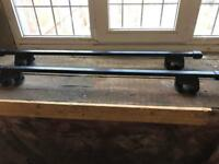 Thule square roof bars c/w 756 foot pack