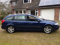 2004 RENALT LAGUNA DYNAMIQUE DIESEL ESTATE CAR, 6 SPEED. 2 KEYCARDS, 55 MPG, ECONOMICAL, LONG MOT.