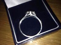 18 carat white gold diamond ring .76 carats