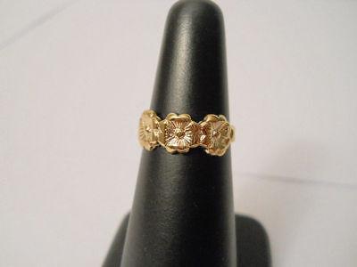 14K Gold Filled Blossoming Flower Toe Ring Item #E309