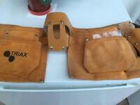 Chippie/ builder swede and leather belt