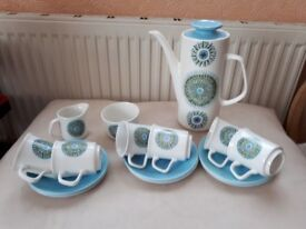 MEAKIN CHINA COFFEE SET. STUDIO AZTEC DESIGN. 15 PIECES. GOOD COND.