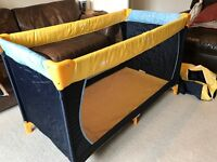 Hauck Dream 'n Play Travel Cot - Yellow/Blue