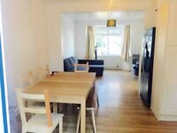 3 bedroom semi detached house close to Hendon Central Tube Station, Middlesex University & amenities