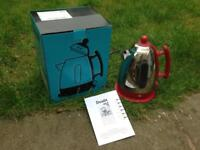 DUALIT RETRO VINTAGE STYLE RED & CHROME CORDLESS JUG KETTLE WORKING IDEAL FOR PARTS