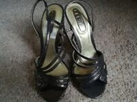 Jonathan Kelsey Glitter Glam High Heel Shoes size 5