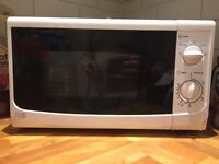 Sainsbury's 17L - Microwave Oven - Fully Function