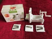KitchenCraft Healthy Eating Spiralizer 3-blade vegetable slicer