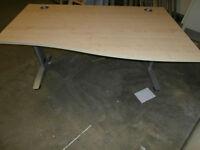 Maple desk (delivery)
