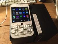 Apple IPhone 5s Unlocked Brand new Blackberry Classic Unlocked