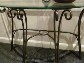 STUNNING TABLE /BEVELLED GLASS EDGE.ON BRONZE FRAME.FIRST TO SEE WILL BUY.GRAB A REAL BARGAIN !