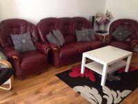 Beautiful burgundy 3 piece leather sofa set