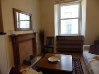 2 bedroom fully furnished 3rd floor flat to rent on Elbe Street, Leith, Edinburgh