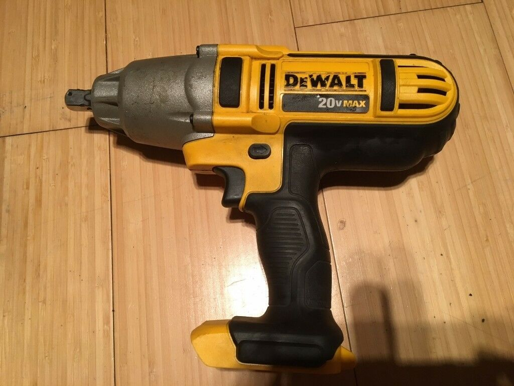 DEWALT XR DCF889 20V Max Lion 1/2 in  High Torque Impact Wrench NEW  CONDITION Milwaukee Makita | in Ealing, London | Gumtree