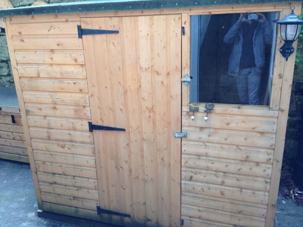 garden shed excellent condition