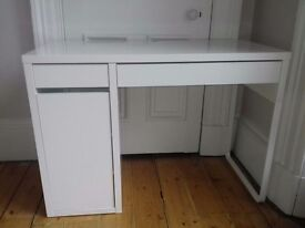 Ikea white Desk MICKE good condition £20