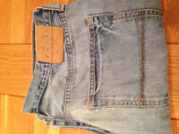 """Abercrombie & Fitch Men's 'Kilburn' Low-Rise Bootcut Jeans (34""""W x 32""""L) JUST REDUCED"""