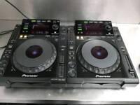 2 x Pioneer cdj900 behringer djx750 mixer