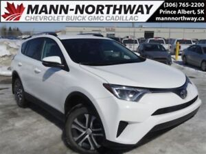 2017 Toyota RAV4 LE | Heated Seats, Rear View, Cruise, Cloth.