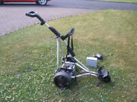 Masters MTG 510 Electric golf trolley with charger & battery excellent condition as had little use