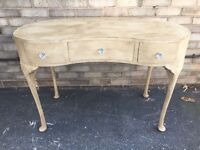 DRESSING TABLE LOUIS STYLE KIDNEY SHAPE PAINTED THREE DRAWER FRENCH BOUDOIR