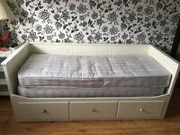 IKEA Hemnes Day Bed - White