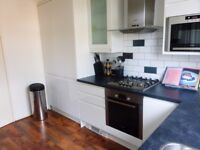 stunning 2 double bedroom flat with private balcony