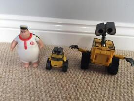 Disneys Wall-E figures