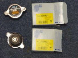 Two ADZ99901 Blue Print radiator caps - Size: 42.6 x 21.1 x 11.7 mm
