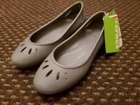 Crocs Kelli Flats - Size 5