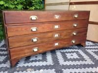 Plan chest / Map drawers