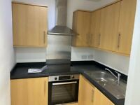 2 Bed purpose-built flat to rent in Edgware-GROSVENOR HOUSE