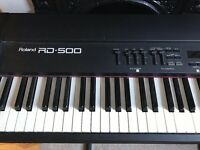 Roland RD-500 electronic piano with stand and carry bag