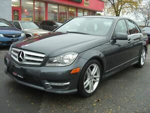 2013 Mercedes-Benz C-Class 300 4MATIC *Sunroof*