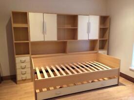 Kids complete bedroom furniture vgc