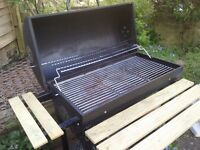 Trolley drum barbeque - very good condition