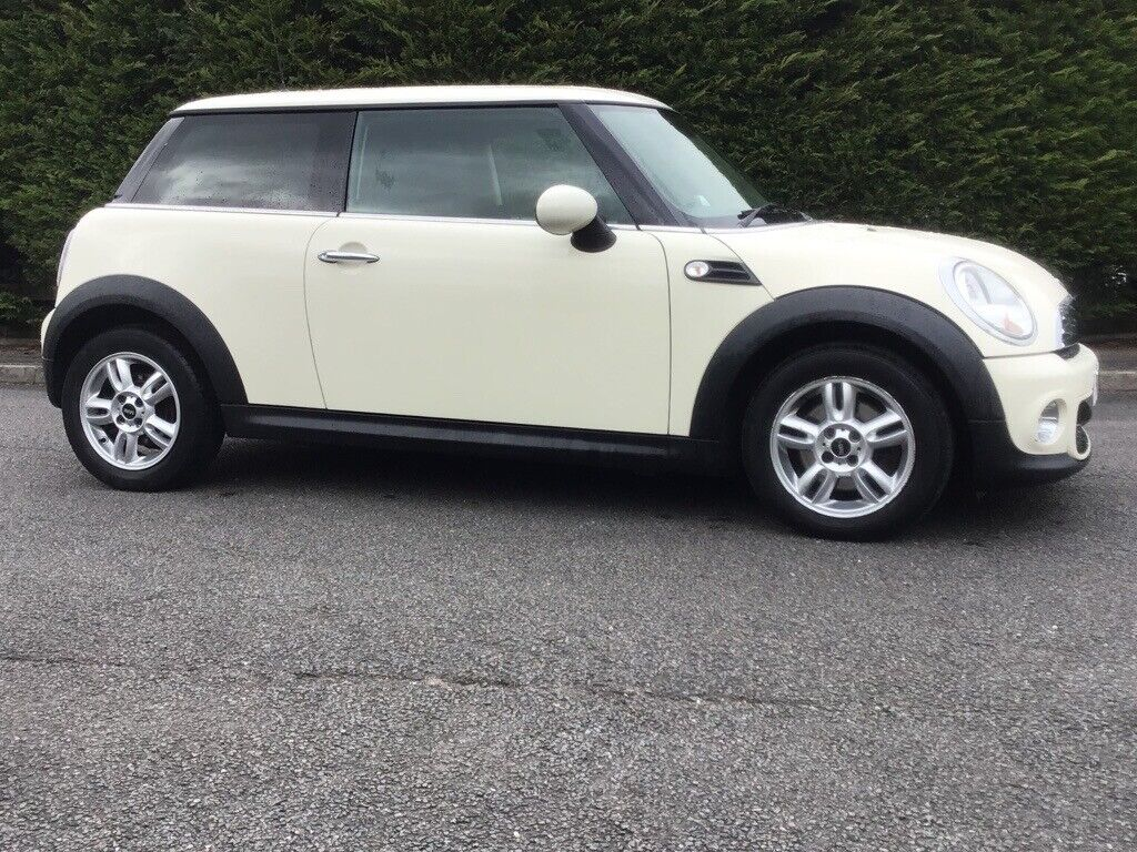 2013 mini one diesel £3650 only 87,000 miles ....must go .....bmw , Clio, Corsa,golf ,Leon,ford
