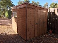 Heavy duty shed, 8 * 6' pent with windows and heavy duty base in very good condition