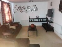 Lovely 2 Bedroom Flat For Short Term Let